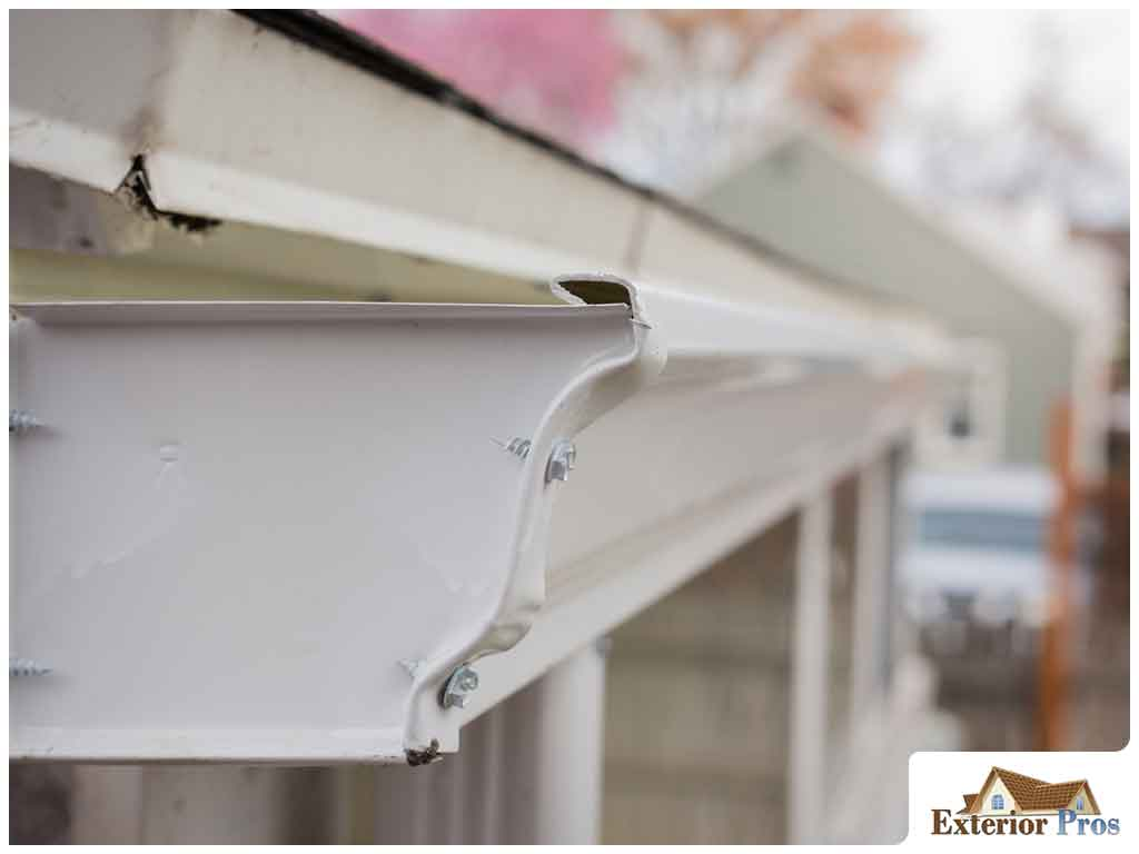 5 Advantages Of Installing Aluminum Gutters In Your Home